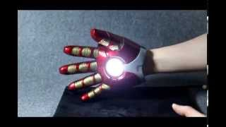 dual laser iron man glove with sounds and ejecting shell